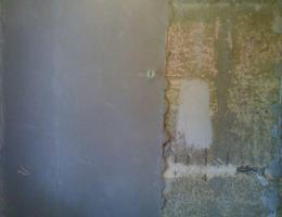 Выравниваем стены штукатуркой