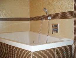 Какими должны быть отделочные материалы для ванной