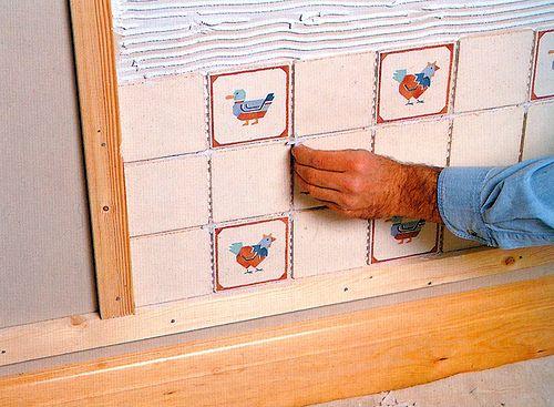 Как уложить плитку на кухне