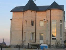 Облицовка фасадов камнем — красота и современный стиль