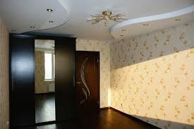 Косметический ремонт квартир — замена обоев