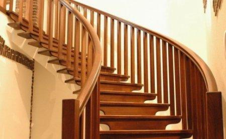 Как выбрать винтовую лестницу для вашего дома?