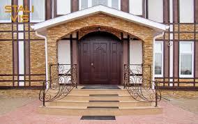 Входные двери для коттеджей
