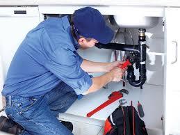 Сантехнические работы: как часто люди вызывают в квартиру или частный дом сантехника?
