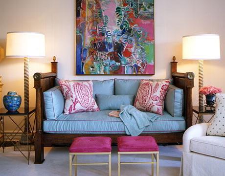 Как правильно оформить комнату настенным декором