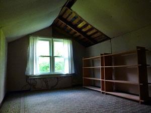 Как сделать комнату на чердаке: обустройство чердачного помещения