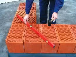 Необходима теплостойкость? Используйте керамические блоки!