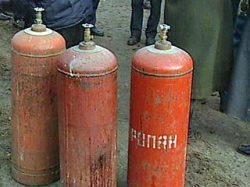 Как разрезать болгаркой старый газовый баллон