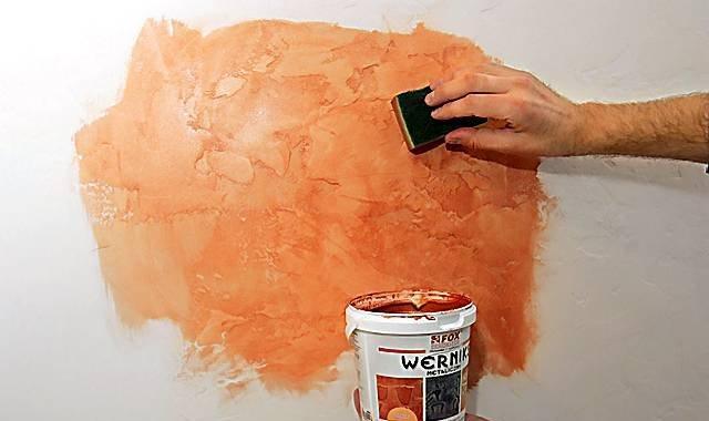 Отделка стен: техника нанесения краски губкой