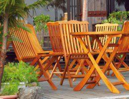 Чем покрасить деревянную мебель