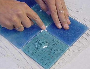 Как самостоятельно выложить плитку на пол