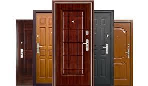 Варианты декора входной двери
