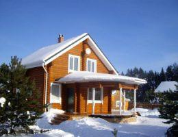 Почему популярны строения, сделанные из оцилиндрованного бревна?