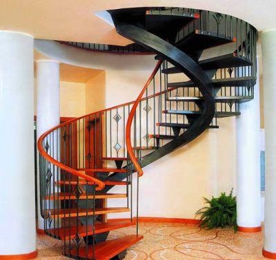 Выбираем и устанавливаем лестницу правильно