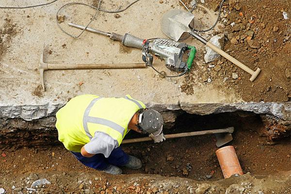 Методы поиска канализационной трубы в грунте