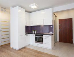 Подбор белых дверей под интерьер квартиры