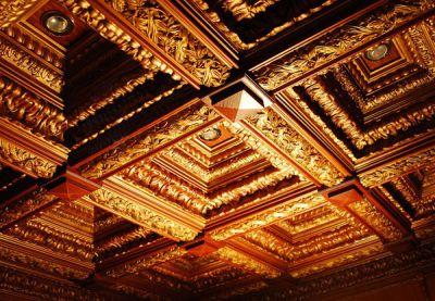 Кессонные потолки: секреты обустройства в квартире по-царски роскошных интерьеров