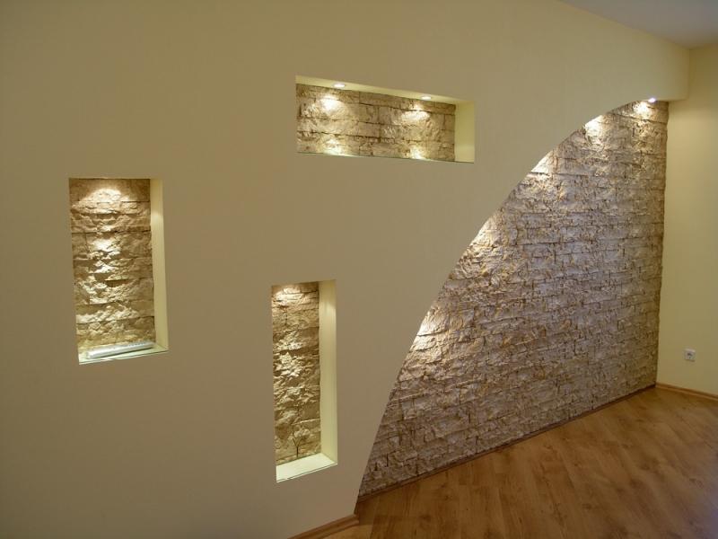 Выравнивание стен: гипсокартон и штукатурка