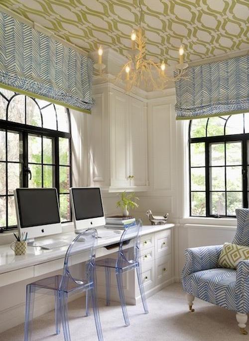 Обои для потолка: разновидности, дизайн и особенности поклейки