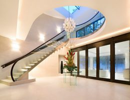 Стекло в интерьере – совершенный и прозрачный дизайн