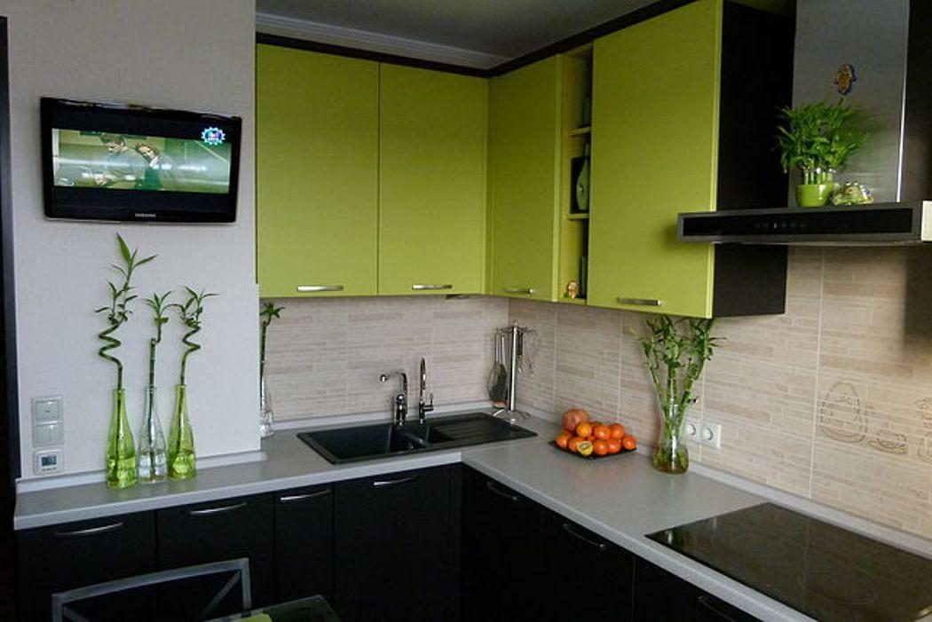 Чем отделать рабочую зону на кухни?