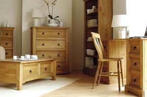 Несколько плюсов мебели из сосны
