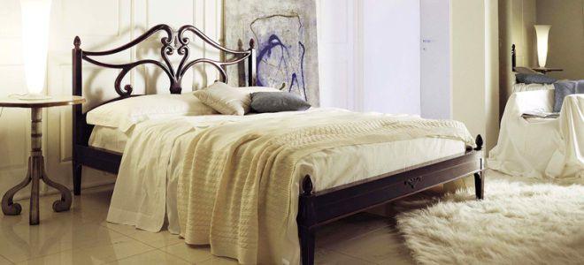 Французская кровать
