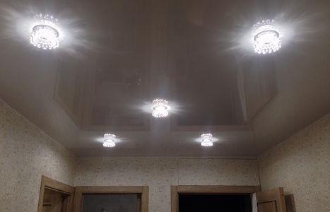 Правила размещения светильников на потолке