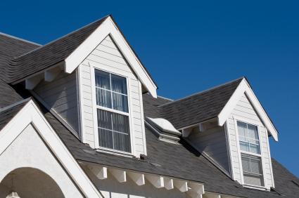Окна на крыше дома