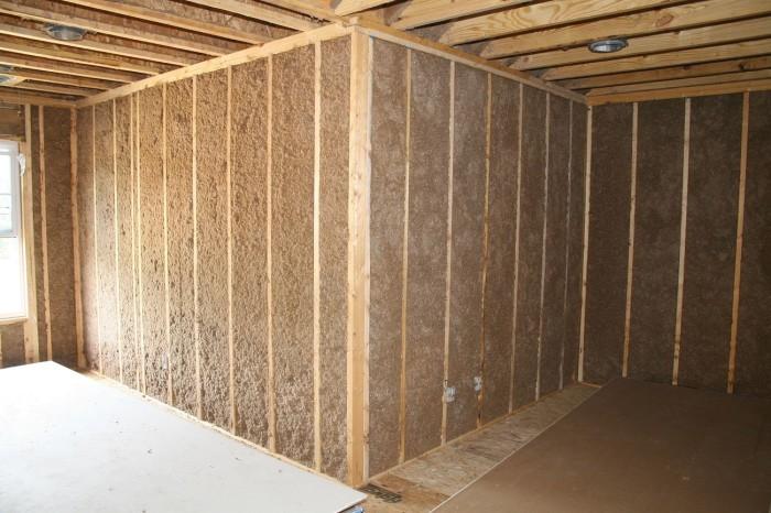 Особенности внутреннего и внешнего утепления стен