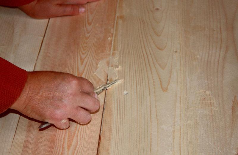 Заделка трещин шпаклевкой по дереву