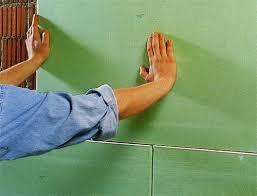 Способы крепления гипсокартона к стене без профиля