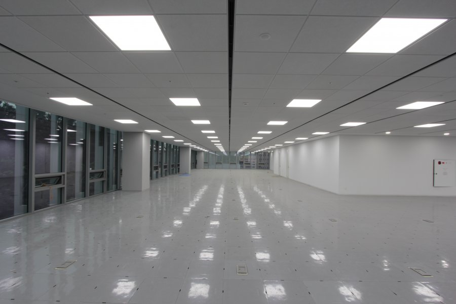 Офисные светодиодные светильники: преимущества, критерии выбора