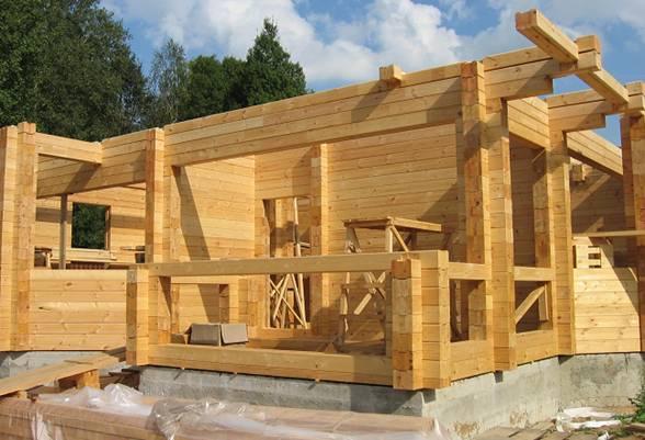 Строительство дома из бруса: ключевые особенности