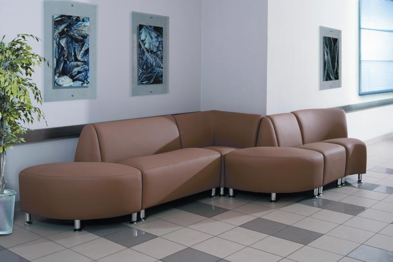 На что нужно обращать внимание при выборе офисных диванов