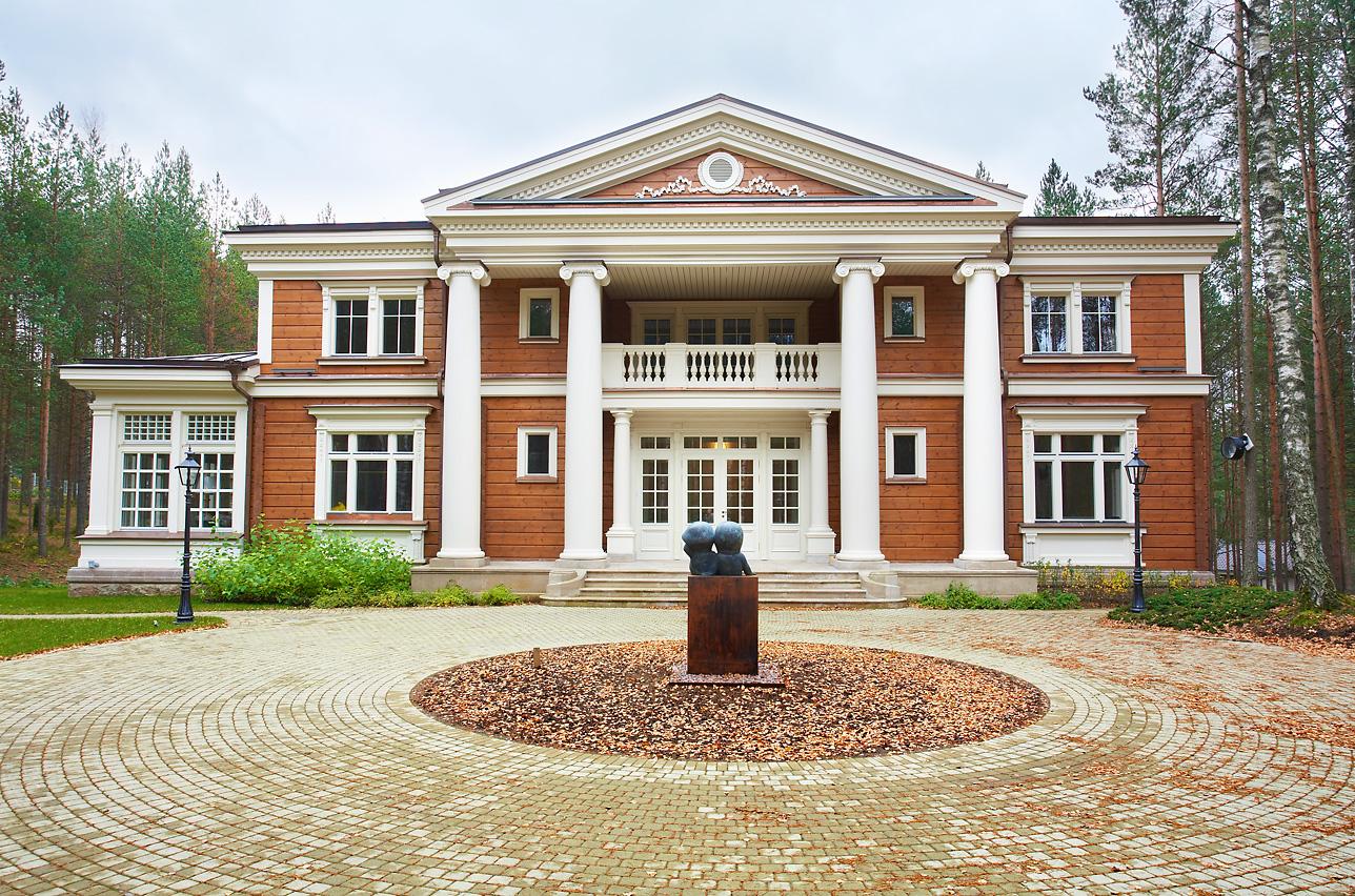 Особенности возведения домов в смешанном стиле