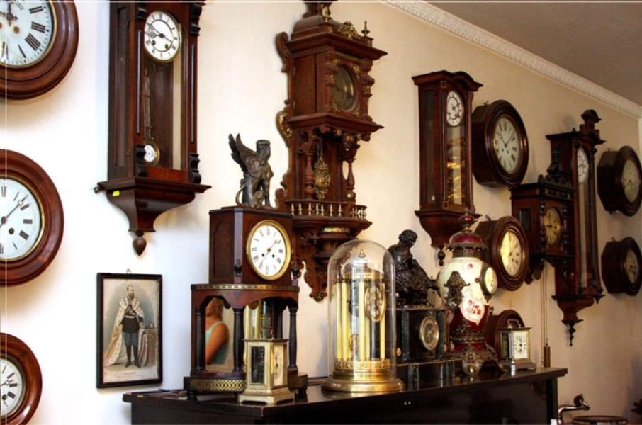 Немецкие напольные часы Kieninger — роскошь интерьера с современным качеством