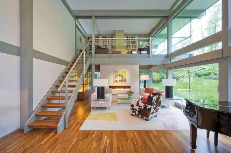 Расположение лестницы в доме