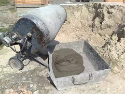 Полезные советы по приготовлению раствора бетона своими руками.