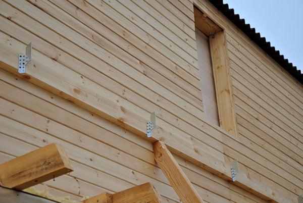 Строительство навеса над крыльцом частного дома