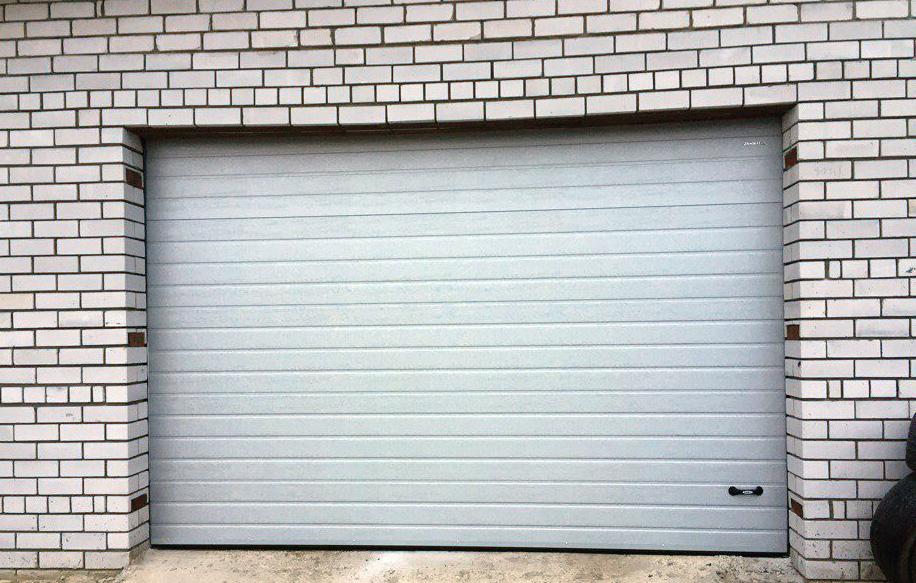 Как купить гаражные ворота и не переплачивать за ненужные функции?
