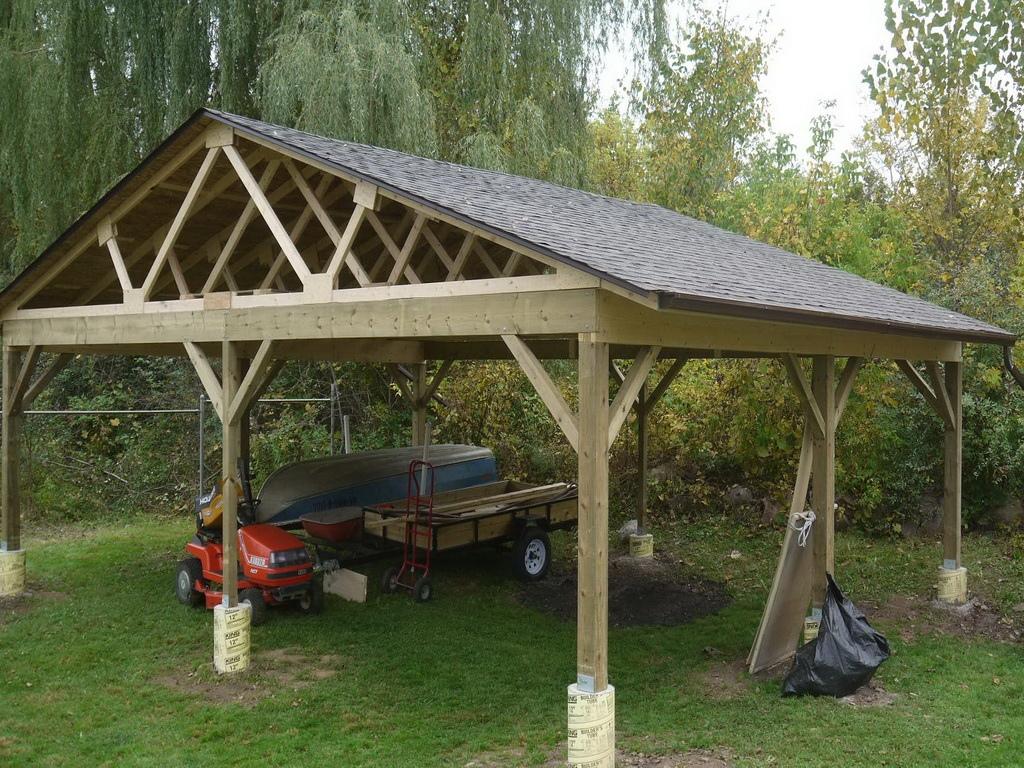 Как соорудить деревянный навес