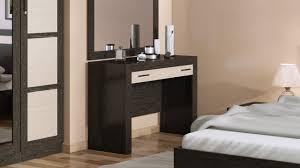 Дамский угодник – туалетный столик