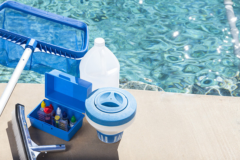 Как проводить хлорирование бассейнов?