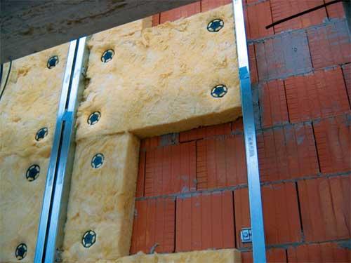 Устройство конструкции стен при утеплении минеральной ватой