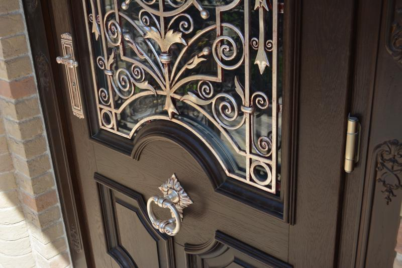 Двери. Деревянные входные двери