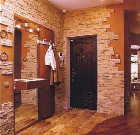 Современная двушка с кирпичными стенами и чёрной сантехникой для мужчины