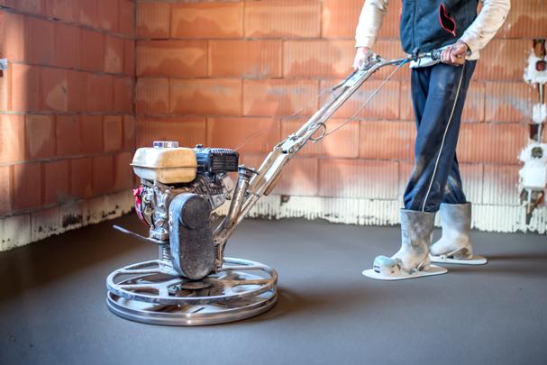 Шлифовка и полировка бетонного пола в загородном доме