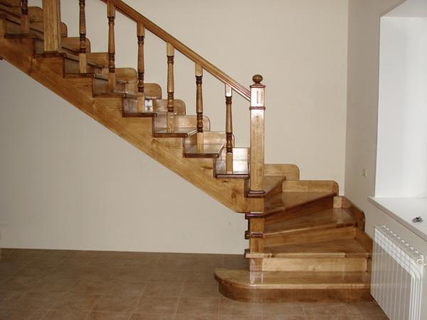Деревянная лестница: удачная комбинация комфорта и роскоши