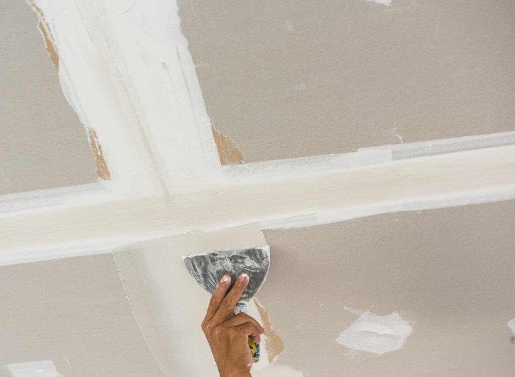 Как подготовить потолок к покраске – этапы и материалы